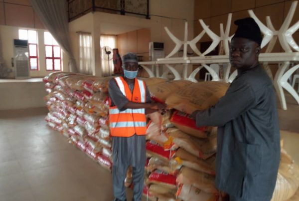 Mallam Saliu Mustapha Donates 100 bags of Rice to ODU